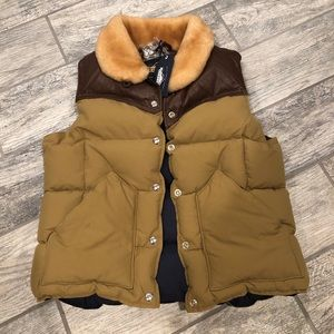 Penfield Rockwool Leather Yoke Down Vest